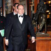 Le prince Albert II... Il a encore oublié Charlene !