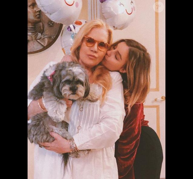 Sylvie Vartan et sa fille Darina Scotti sur une photo publiée sur Instagram le 9 octobre 2018.