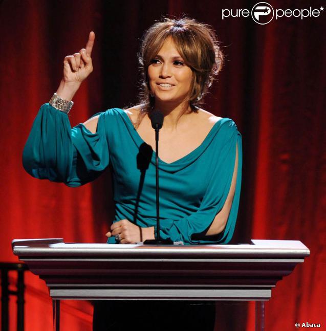 Jennifer Lopez à la soirée Noche de Niños, dimanche soir