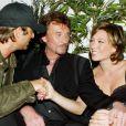 Johnny Hallyday avec ses enfants David et Laura en 2003
