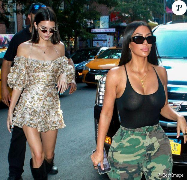 "Kim Kardashian et Kendall Jenner font du shopping au magasin vintage ""Search & Destroy"" à New York le 1er août 2017"