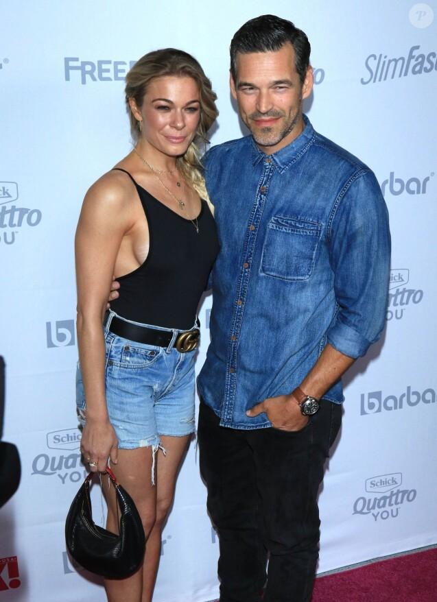 "LeAnn Rimes et son mari Eddie Cibrian - Soirée ""Summer Kick-Off Party"" du magazine OK! à Hollywood, le 17 mai 2017."