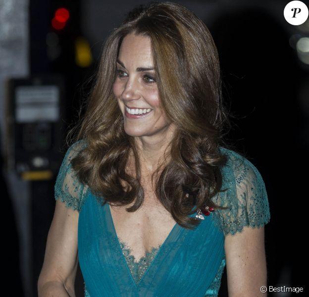 """Le prince William, duc de Cambridge, et Catherine (Kate) Middleton, duchesse de Cambridge, arrivent à la soirée des """"Tusk Conservation Awards"""" à la Banqueting House à Londres, le 8 novembre 2018."""
