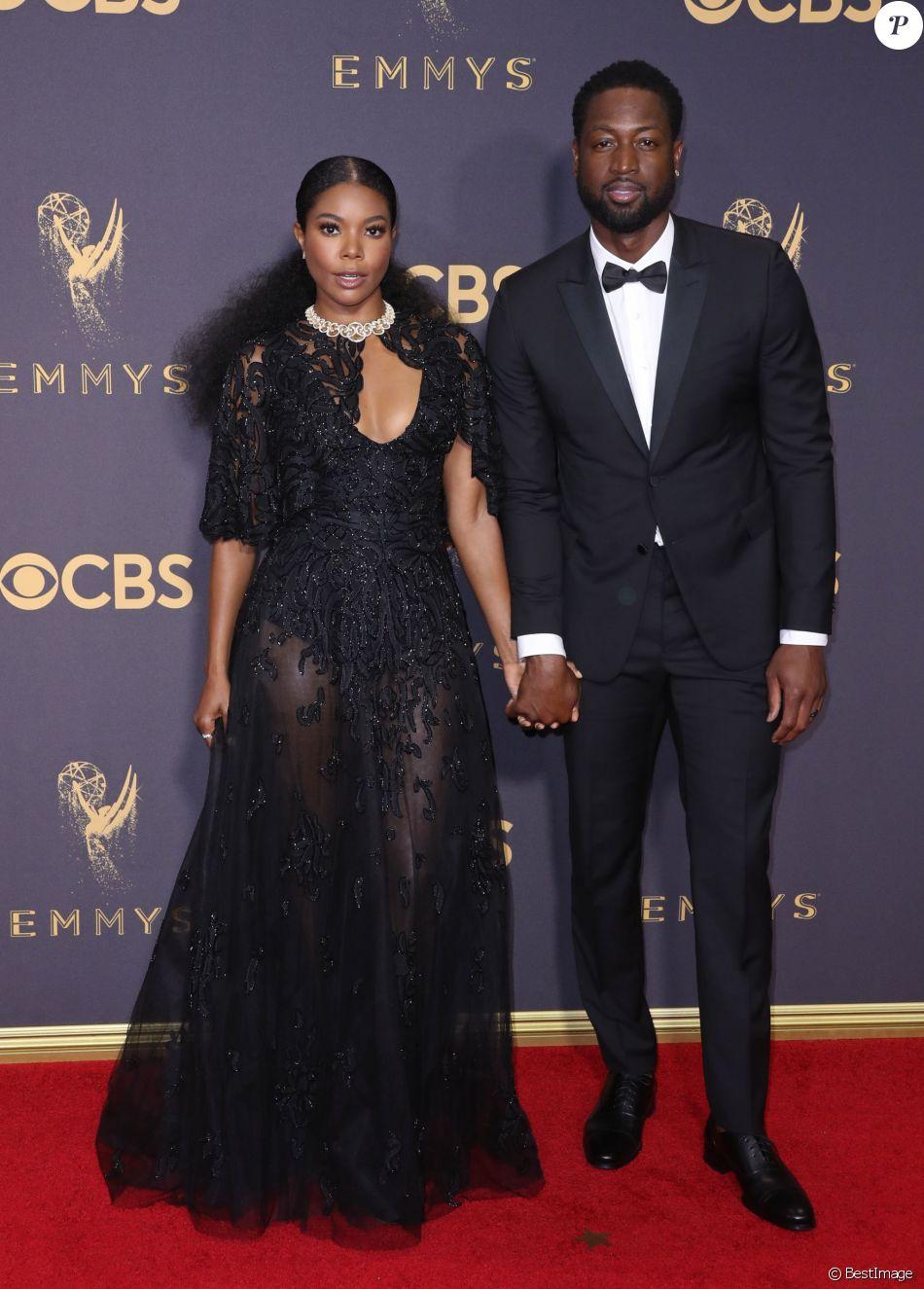 Dwyane Wade et sa femme Gabrielle Union - 69ème cérémonie des Emmy Awards au Théâtre Microsoft à Los Angeles. Le 17 septembre 2017.