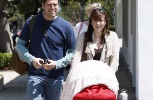 Alyson Hannigan avec son mari et sa baby girl... nous font un véritable sketch !