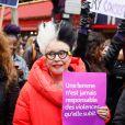Orlan (Mireille Suzanne Francette Porte) lors de la manifestation organisée contre les violences faites aux femmes dans le quartier de l'Opéra à Paris, le 24 novembre 2018. © CVS/Bestimage