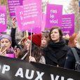 Anna Mouglalis, Muriel Robin lors de la manifestation organisée contre les violences faites aux femmes dans le quartier de l'Opéra à Paris, le 24 novembre 2018. © CVS/Bestimage