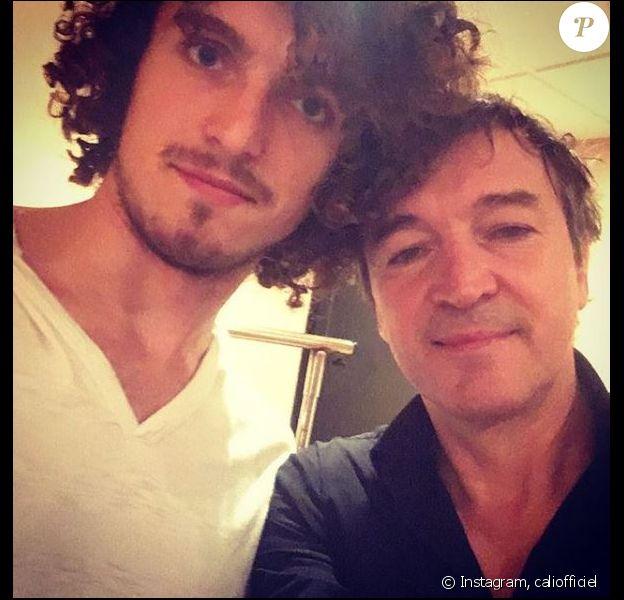 Cali pose avec son fils Milo-James sur Instagram. Novembre 2018