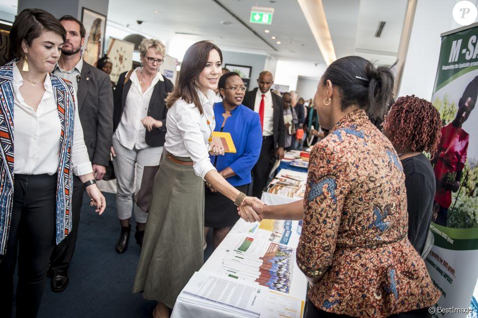 """La princesse Mary de Danemark lors du lancement de la campagne """"Deliver for Good"""" par """"Women Deliver"""" au Radisson Blu Hotel à Nairobi, lors de son voyage officiel au Kenya. Le 28 novembre 2018."""