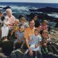 George H.W. Bush et Barbara Bush posant avec leurs petits-enfants en 1989 à Walker's Point dans le Maine. L'ancien président des Etats-Unis est mort à l'âge de 94 ans le 30 novembre 2018.