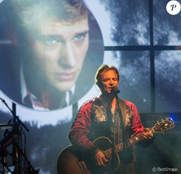 Exclusif - David Hallyday rend hommage à son père Johnny Hallyday, lors d'un concert aux fêtes de Wallonie à Andenne en Belgique le 23 septembre 2018.