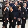 Georrge W. Bush, Jeb Bush et Neil Bush avec leurs femmes-Obsèques de George H.W. Bush à la National Cathedral, Washington, le 5 décembre 2018.