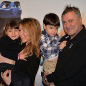 Jean-Marie Bigard filme ses enfants, dépités face à leur sapin de Noël...