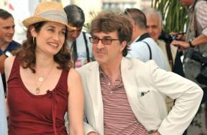 Emmanuelle Devos et François Cluzet : un duo très décontracté... sous le soleil de la Croisette !
