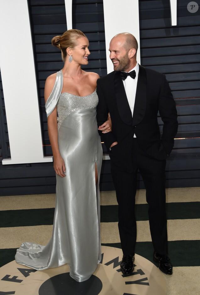 Rosie Huntington-Whiteley enceinte et son fiancé Jason Statham à Berverly Hills, le 26 février 2017. © Chris Delmas/Bestimage