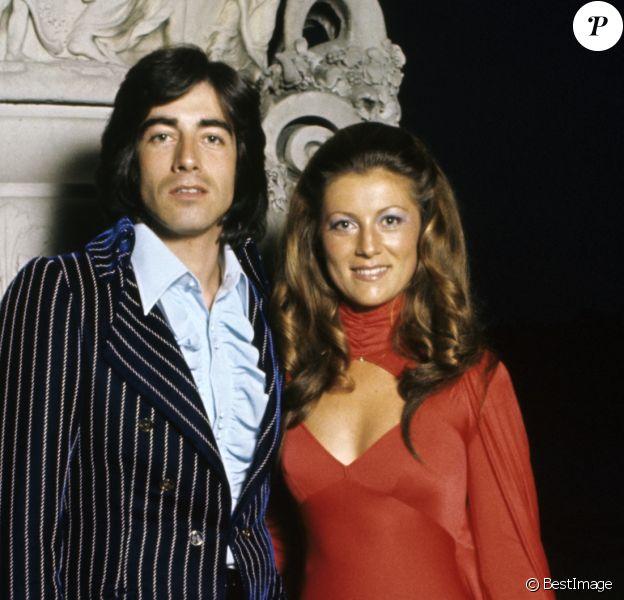 Ringo et Sheila lors des Trophées de la Télévision le 19 juin 1973 au château de Versailles.
