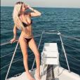 """Le footballeur Maxime Lopez et sa chérie Montaine, révélée dans la télé-réalité """"Les Marseillais"""" (W9), profitent de vacances à Dubaï en décembre 2018."""