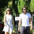 Exclusif - Gwyneth Paltrow et son nouveau mari Brad Falchuk se promènent à Santa Monica, le 20 octobre 2018.