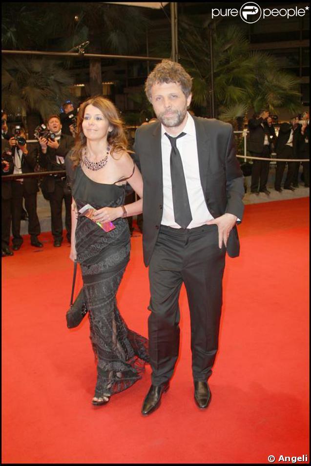 Montée des marches Cannes 2009 : Stephane Guillon et Muriel Cousin