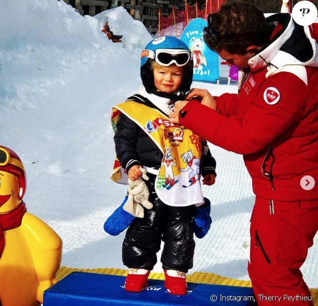 Ingrid Chauvin et son fils Tom en vacances au ski à Serre Chevalier, le 29 décembre 2018. Premier podium pour le petit garçon !