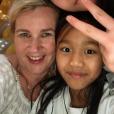 Hélène Darroze et ses filles Charlotte et Quitterie fêtent l'arrivée de 2019 au Vietnam.