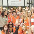Les célébrités voient blond pour la 75ème quête de la Croix-Rouge à Boulogne-Billancourt le 23 mai 2009
