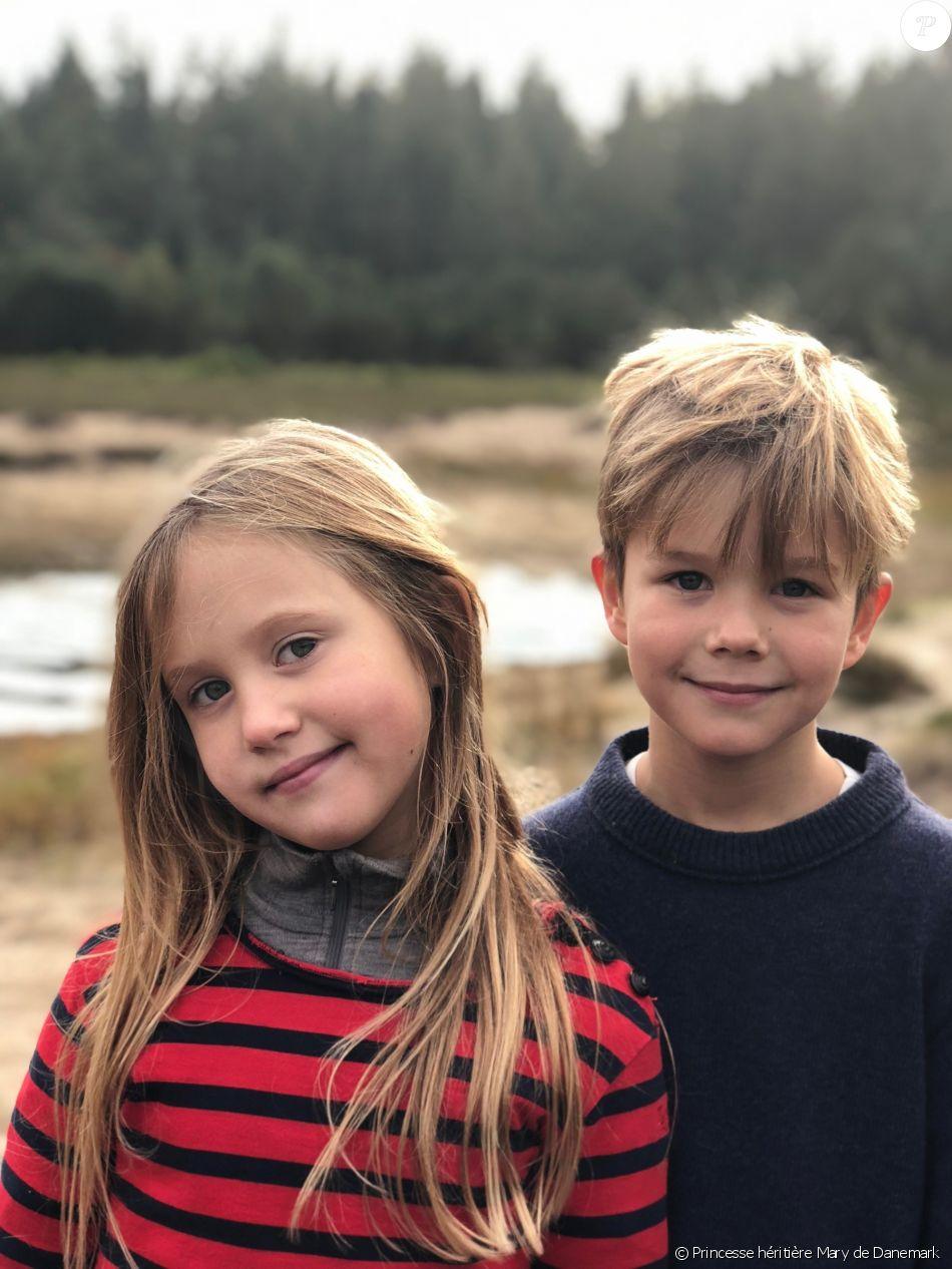 Le prince Vincent et la princesse Josephine de Danemark, enfants du prince héritier Frederik et de la princesse Mary, photographiés par leur maman à l'occasion de leur 8e anniversaire, le 8 janvier 2019. © Princesse héritière Mary de Danemark