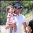 Nahla avec son papa Gabriel Aubry