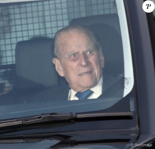 Le prince Philip, duc d'Edimbourg, passager, arrivant le 19 décembre 2018 au palais de Buckingham à Londres pour un déjeuner de Noël.