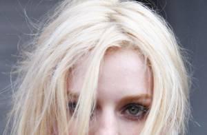 Lydia Hearst : le superbe mannequin s'éclate sur un shooting... vraiment improbable ! Regardez !