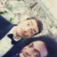 Claude et Kunlé (Koh-Lanta) au mariage de Martin Bazin le 30 juin 2017 à Paris.