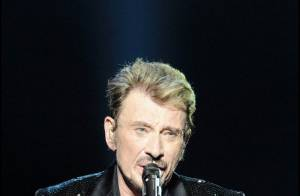 Johnny Hallyday... son triomphe lors de son concert au Stade de France ! Comme si vous y étiez !
