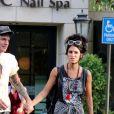 Exclusif - Tommy Lee et sa compagne Brittany Furlan quittent un salon de beauté à Calabasas le 25 septembre 2017. © CPA/Bestimage