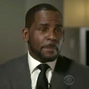 R. Kelly brise le silence : des larmes, des cris... Une défense surréaliste