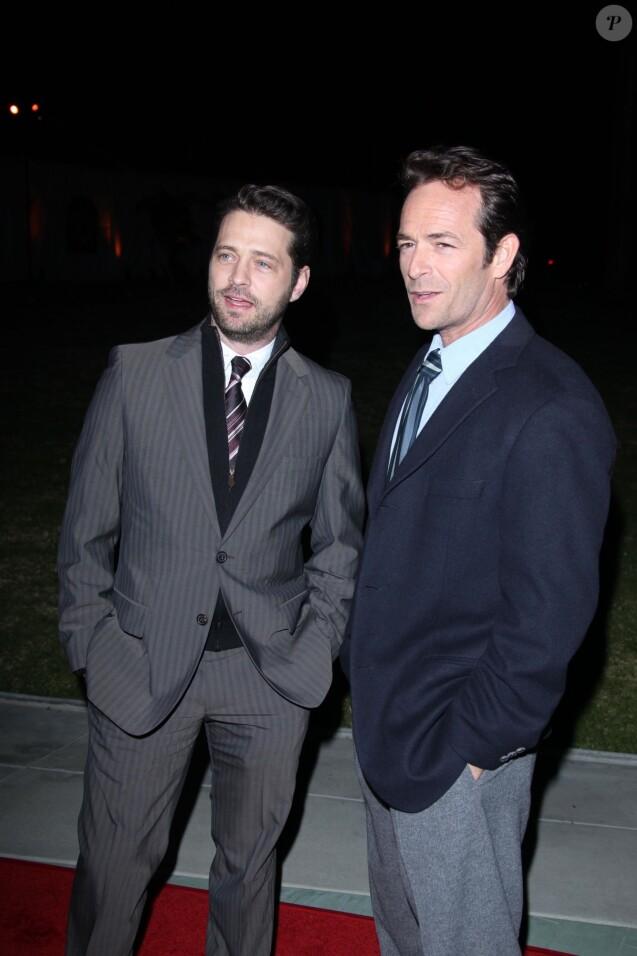 Jason Priestley et Luke Perry le 7 janvier 2011.