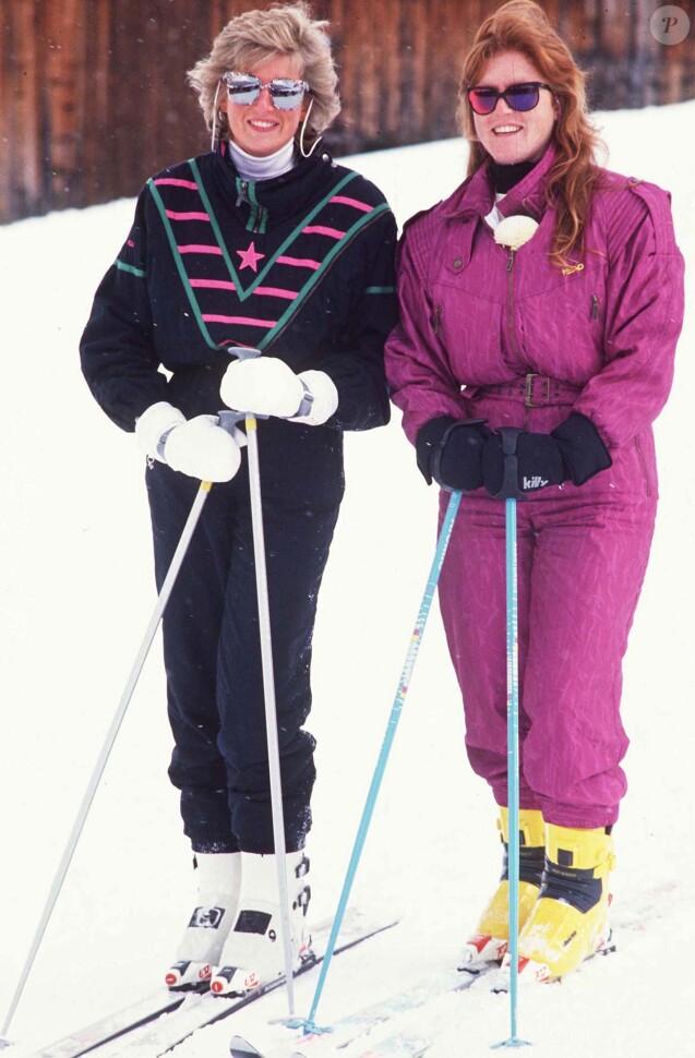 Sarah Ferguson et Lady Di à Klosters en Suisse, le 9 mars 1988.