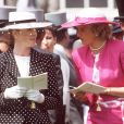 Sarah Ferguson et Lady Di aux courses, le 3 juin 1987.