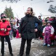 Exclusif - Le président Emmanuel Macron et sa femme Brigitte Macron (Trogneux) font du ski dans la station de la Mongie le 26 décembre 2017. © Dominique Jacovides - Cyril Moreau / Bestimage