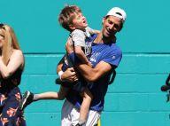 Novak Djokovic : Papa détendu avec son fils Stefan au Masters 1000 de Miami