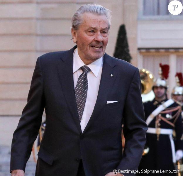 Alain Delon - Arrivées au dîner d'état en l'honneur du président de la république de Chine X.Jinping au Palais de L'Elysée, Paris, le 25 mars 2019. ©Stéphane Lemouton / BestImage