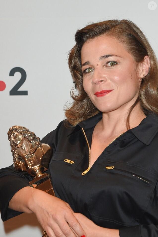 """Blanche Gardin Molière de l'humour (""""Je parle toute seule"""") - 30e cérémonie des Molières 2018 à la salle Pleyel à Paris, France, le 29 mai 2018. © Coadic Guirec/Bestimage"""