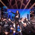 """Sofia Essaïdi sur la scène des """"40 ans de Starmania"""" pour le Sidaction, émission diffusée le 6 avril 2019 sur France 2."""