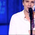 """Adrien dans """"The Voice 8"""" sur TF1, le 20 avril 2019."""