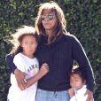 Halle Berry est allée faire du shopping avec ses enfants Nahla et Maceo (habillé en judoka) à Beverly Hills, Los Angeles, le 2 décembre 2018.