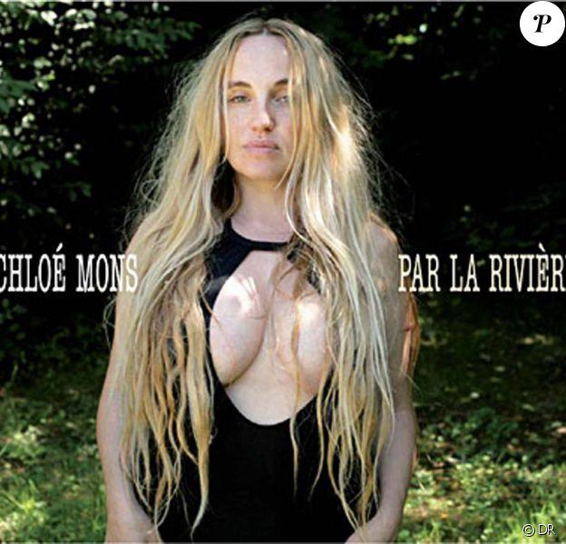 Chloé Mons, Par la rivière