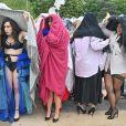 """Défilé du collectif """"The All Sizes Catwalk"""" sur le parvis du Trocadéro à Paris. Le 28 avril 2019 Elles défilent en lingerie au pied de la Tour Eiffel pour bousculer les marques. Pour la deuxième année consécutive, la mannequin Georgia Stein et ses consoeurs, sous le nom de """"The All Sizes Catwalk"""", une quarantaine de femmes aux morphologies différentes, se réunissent sur le parvis du Trocadéro, à Paris, pour réclamer des podiums qui leur ressemblent. © Francis Petit / Bestimage"""
