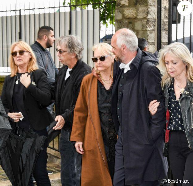 Babette, la femme de Dick Rivers, Pascal Forneri, le fils de Dick Rivers et Micheline Davis, Natala, la fille de Dick Rivers - Obsèques de Dick Rivers en l'église Saint-Pierre de Montmartre à Paris le 2 mai 2019.