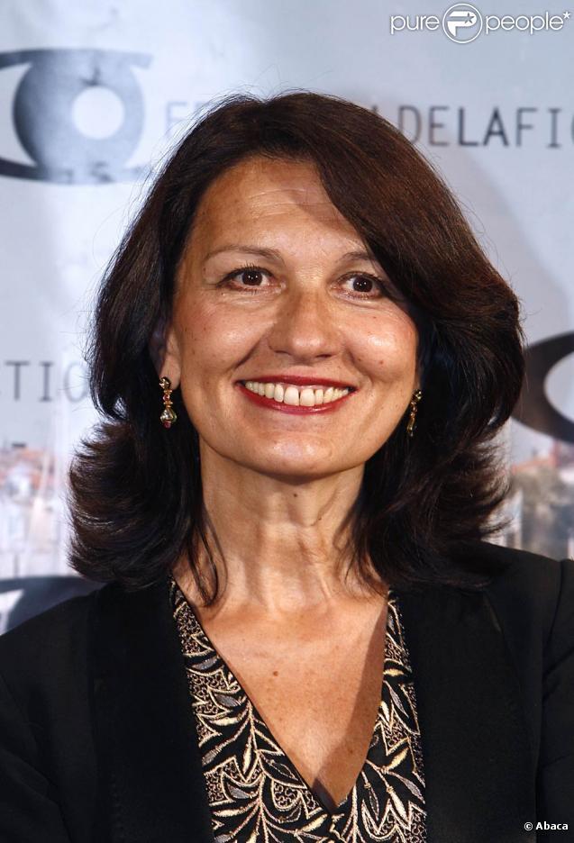 Ludmila Mikaël va recevoir le Prix de la Critique, le 15 juin 2009.
