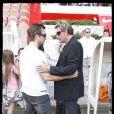 David et Johnny Hallyday, lors du match de football en faveur de deux associations humanitaires (et de ses 66 ans), au Parc des Princes, le 14 juin 2009 !