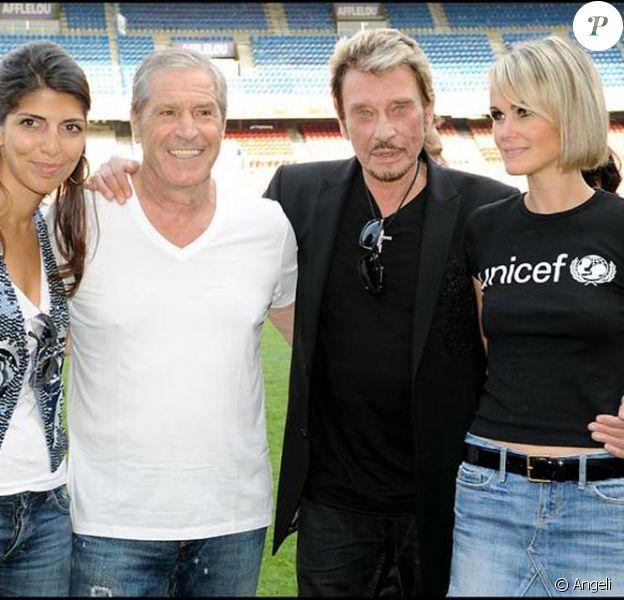 Johnny et Laeticia avec Jean-Claude Darmon et sa compagne Hoda Roche